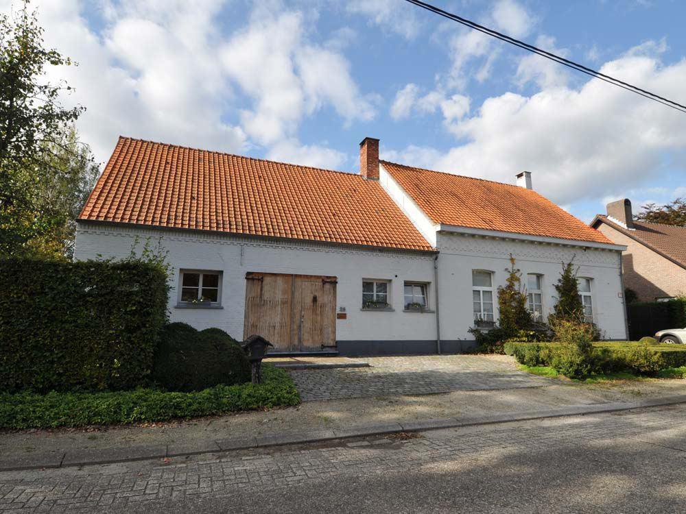 Gerenoveerde langgevelhoeve op 1109 m².