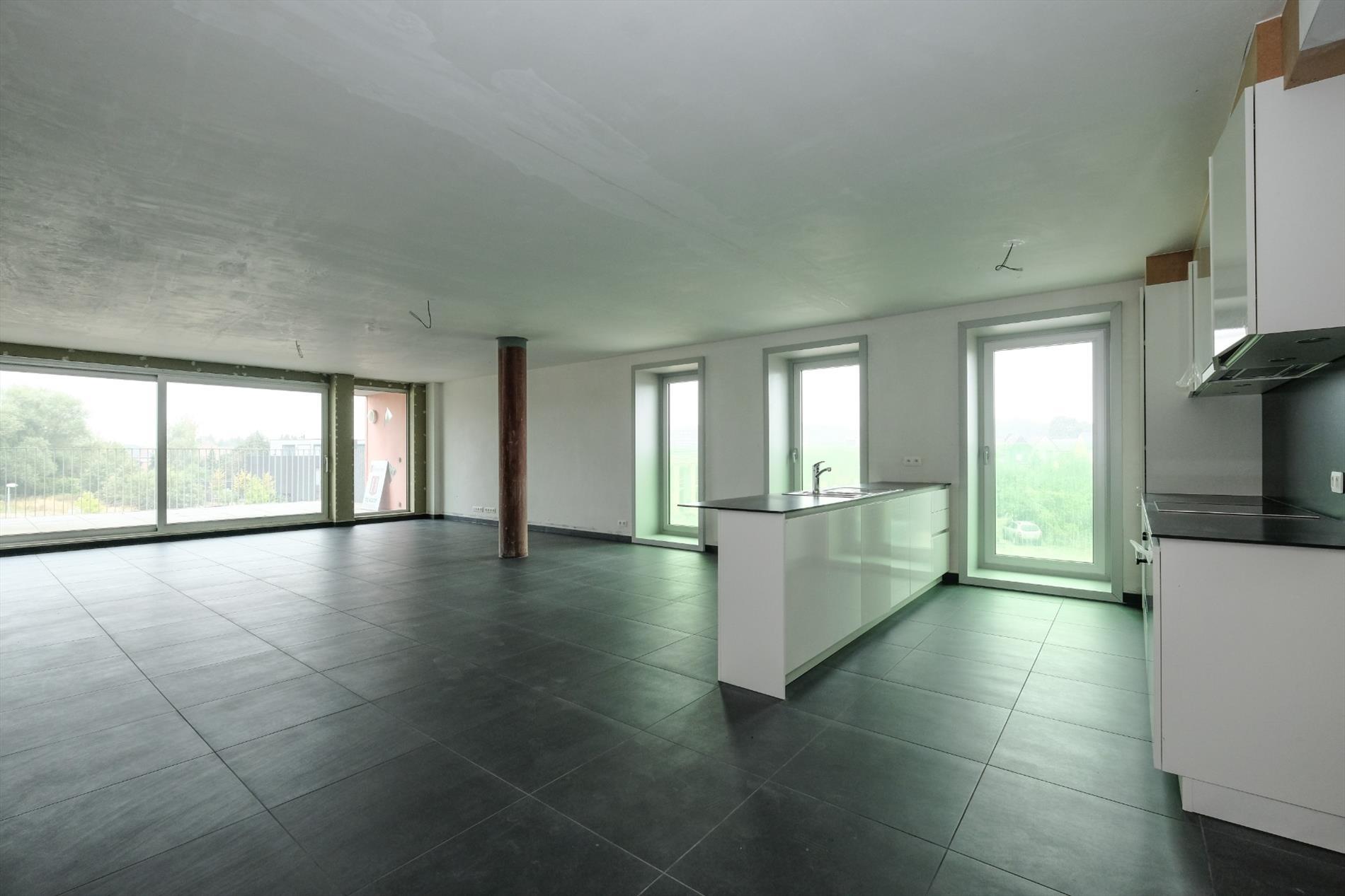 Keuken Nieuwbouw Open : Moderne hoeve met open zicht thebae fine estates