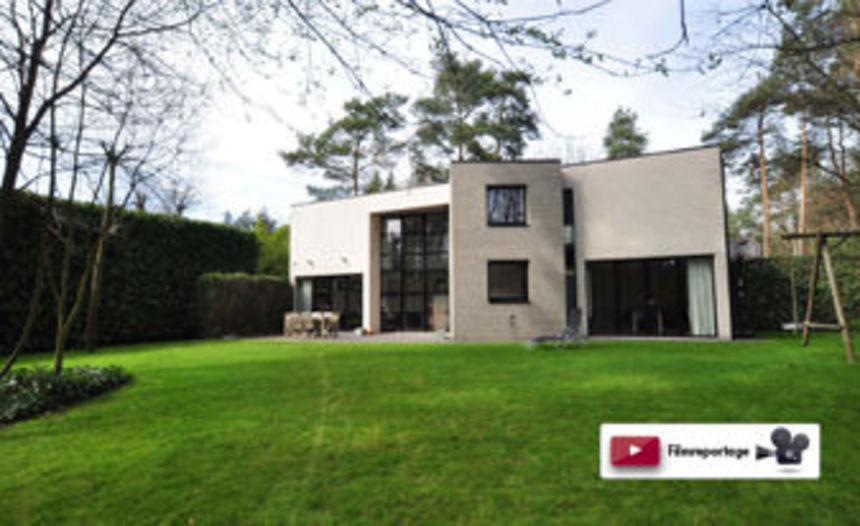 Bekijk de vastgoedfilm van deze moderne villa (Beerse)