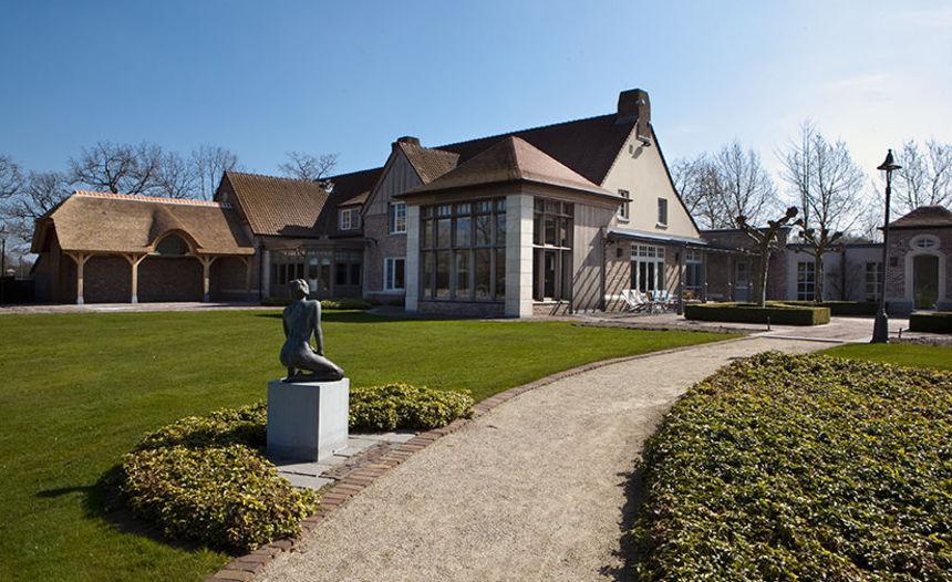 Binnenkijken bij de mooiste villa's bij H&H Vastgoed