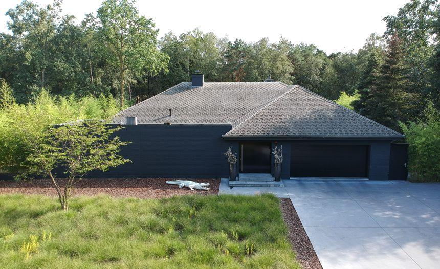 Villa in Poppel ingericht door topdesigner Eric Kuster