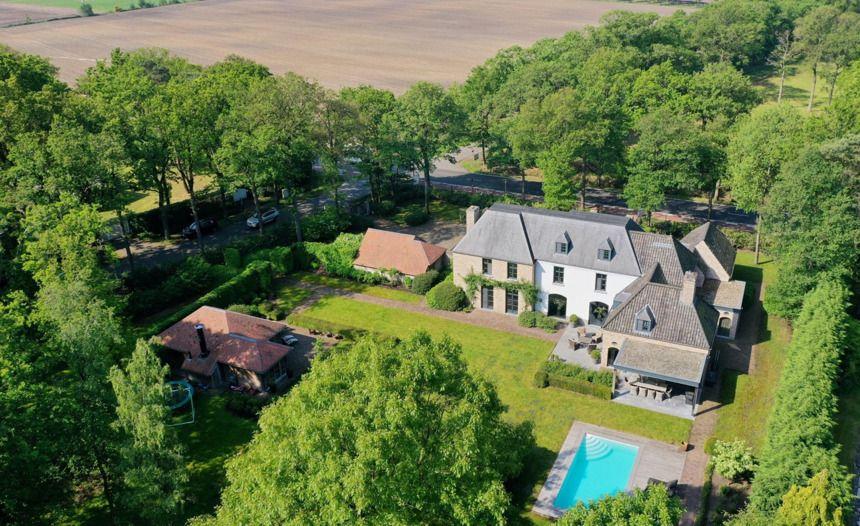 Corona schiet verkoopprijzen Antwerpse villa's en penthouses de hoogte in